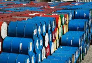 سقوط دوباره قیمت نفت در بازار/ نفت ایران یک دلار ارزانتر شد