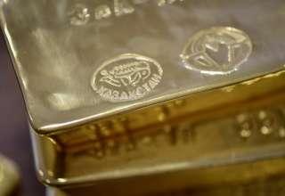 آیا قیمت طلا بیشتر از حد واقعی است یا کمتر از آن؟