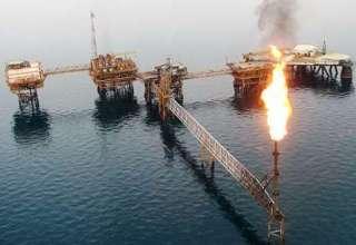 عربستان و روسیه با تمدید توافق کاهش تولید نفت موافقت کردند