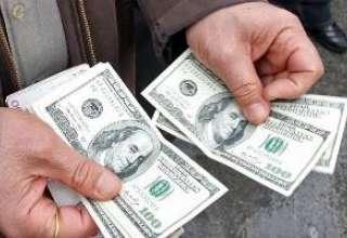 آوار بورس روی سر دلار