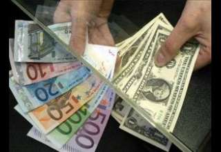 صرافی ها همه کاره تعیین قیمت ارز