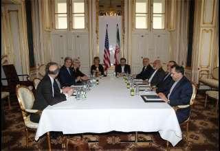 جمعه هستهای؛ مذاکرات ایران و گروه ۱+۵ ادامه دارد