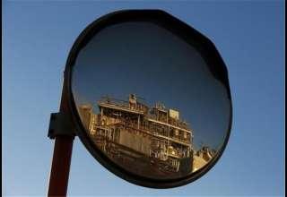 نفت زیر ۵۰ دلار باقی ماند
