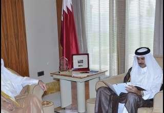 رئیس بانک مرکزی قطر:۳۴۰ میلیارد دلار ذخیره ارزی داریم و از بحران عبور میکنیم