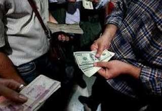 صرافیها همچنان ارز نمیفروشند/ نرخ خرید و فروش دلالان سیّار ارز