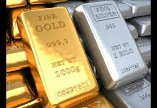 افزایش نسبی قیمت جهانی طلا تحت تاثیر نوسانات ارزش دلار
