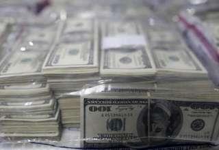 نرخ ارزها با آغاز عرضه در صرافی ها نزولی شد