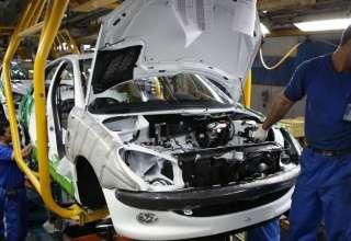 مجلس و دولت و خودروسازان کنار آمدند/ قیمت رسمی خودرو حداقل ۱۰ میلیون گران میشود