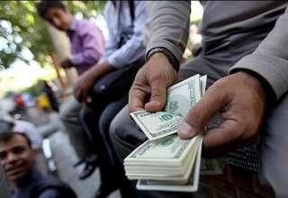 نوسان قیمت ارز حول و حوش ۱۰ هزار تومان طبیعی است