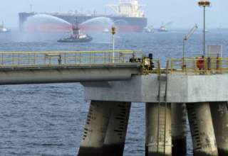 گزارش فایننشالتایمز از خرابکاری علیه کشتیهای اماراتی در نزدیکی تنگه هرمز
