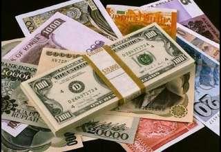 قیمت خرید دلار در بانکها امروز ۹۸/۰۳/۲۲| قیمت تمام ارزها کم شد
