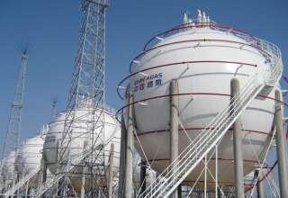 چین به خرید گاز مایع ایران ادامه میدهد