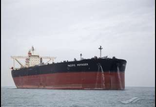 نفتکش انگلیسی در حال ادامه مسیر است/ توقف نفتکش در چارچوب روال معمول بود