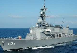 تایم: نیروی دریایی سلطنتی، نفتکش انگلیسی را در تنگه هرمز اسکورت کرد