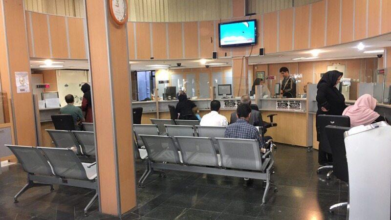 تلاش بانکها برای جذب سپردهها به هر قیمتی