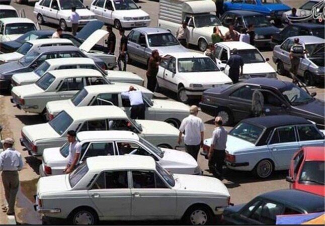 قیمت خودرو امروز ۱۳۹۷/۱۰/۱۹|واکنش منفی بازار به افزایش قیمتها