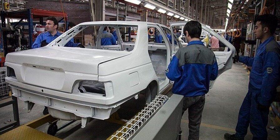 گرانی خودرو، به نام دلار به کام خودروسازان