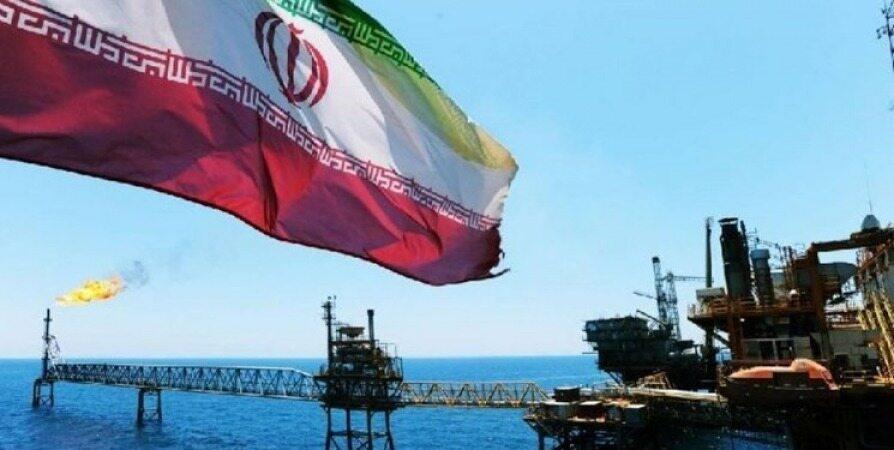 دو مقام آمریکایی بر تلاش برای کاهش صادرات نفت ایران تأکید کردند