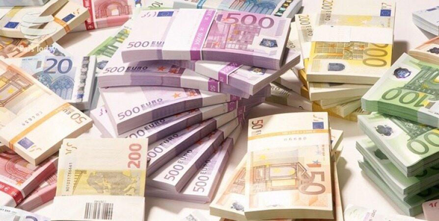 نرخ رسمی ۲۴ ارز افزایش یافت/ دلار ثابت ماند