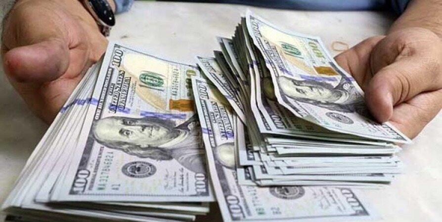 بانک مرکزی در سال ۹۶ بیش از ۴۱ میلیارد دلار ارز فروخت