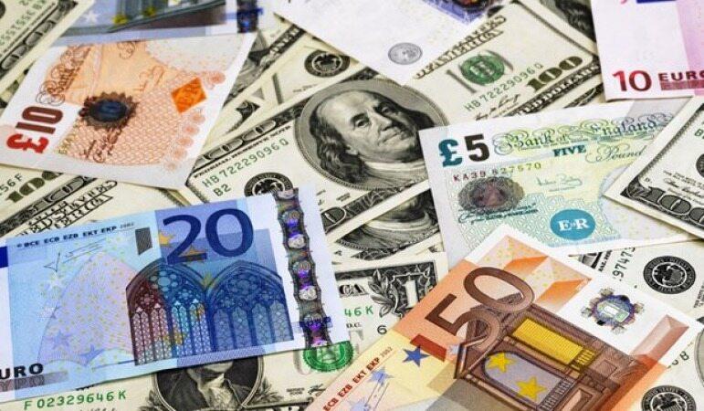 ارزش یورو و پوند کاهش یافت/نرخ دلار ثابت ماند