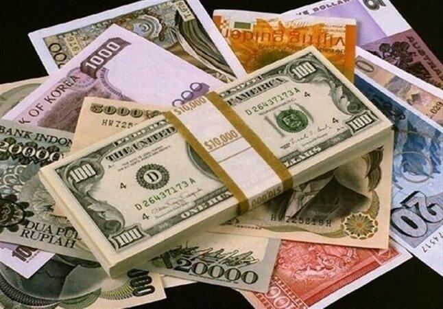قیمت خرید دلار در بانکها امروز ۹۸/۰۳/۲۲  قیمت تمام ارزها کم شد