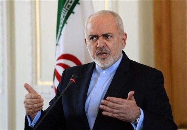 واکنش ظریف به ادعای غربیها درباره توقیف نفتکش انگلیسی