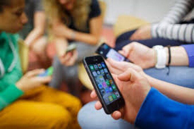 نوجوانان معتاد به اینترنت، بیشتر دچار افسردگی میشوند