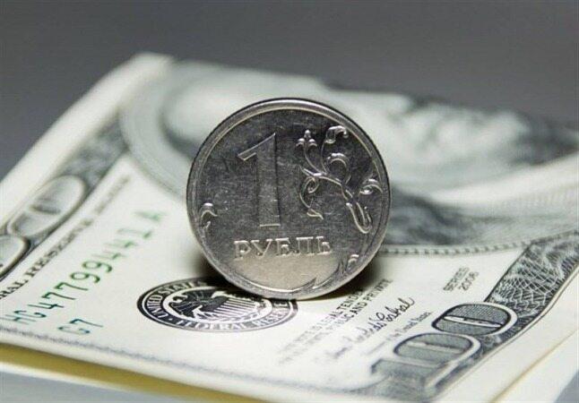 قیمت خرید دلار و یورو در بانک بالا رفت